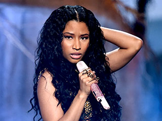 Nicki's 'Anaconda' Dancer Bitten by Snake at Rehearsal   Nicki Minaj