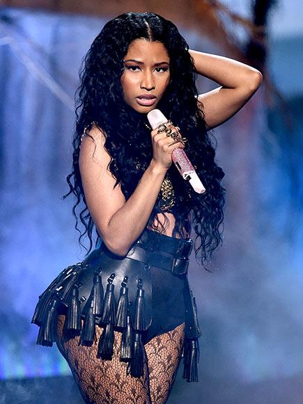 Nicki Minaj 'Anaconda' Backup Dancer Bitten by Snake at VMA Rehearsal | Nicki Minaj