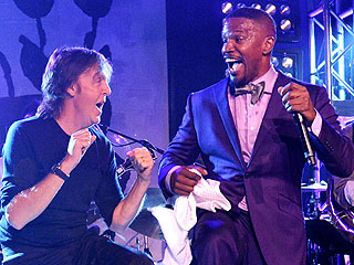 Watch Paul McCartney and Jamie Foxx Get Down in the Hamptons