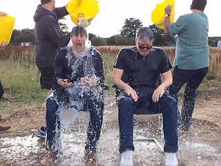 Mission: Possible – Watch Tom Cruise Take the Ice Bucket Challenge! (VIDEO)