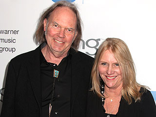 Rocker Neil Young Files for Divorce | Neil Young