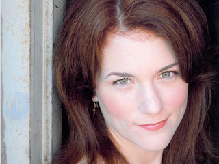 Chicago Fire Actress Dies in Freak Accident