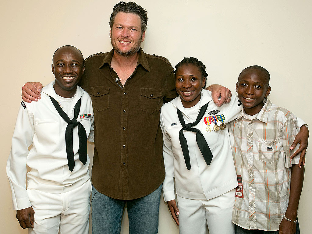 Blake Shelton Concert: USO and JCPenney in San Diego