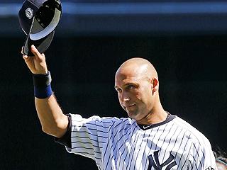 Derek Jeter Thanks Fans as He Is Honored by Yankees