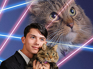 Teen Petitions to Get Epic '80s-Inspired Portrait with His Cat into Yearbook