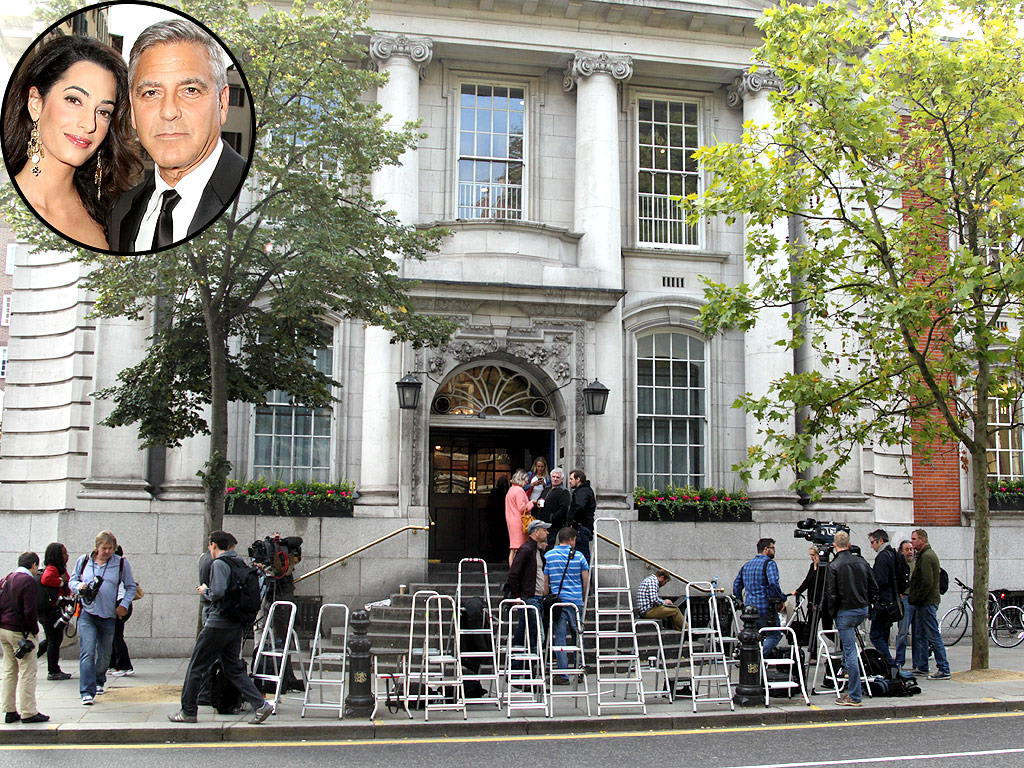 Crowd Gathers for George Clooney's Civil Ceremony but Cheers Another Couple Instead