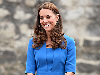 Kate Spending Time with Parents as Pregnancy Illness Continues