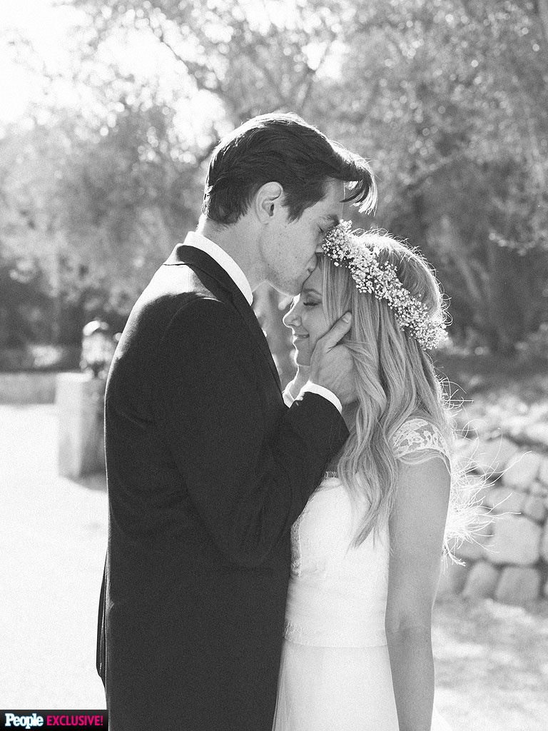 Ashley tisdale 768g 7681024 casamento pinterest ashley ashley tisdale 768g 7681024 casamento pinterest ashley tisdale weddings and french wedding ombrellifo Image collections