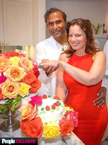 First Look: See Fran Drescher's Official Wedding Photo!| Couples, Weddings, Fran Drescher