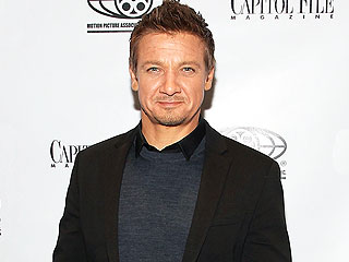 Jeremy Renner Says He Supports Equal Pay for Female Stars, but It's 'Not My Job' to Negotiate for Them | Jeremy Renner