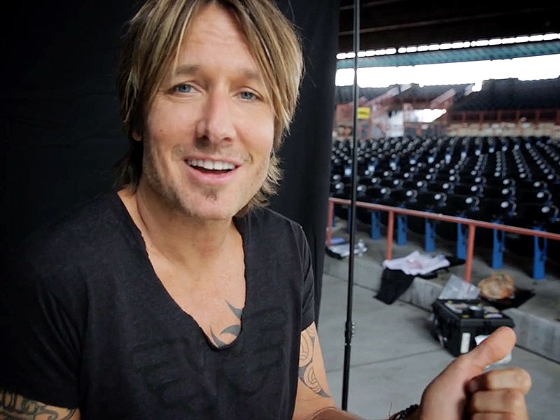 Keith Urban's Somewhere In My Car Video Is Super Sexy