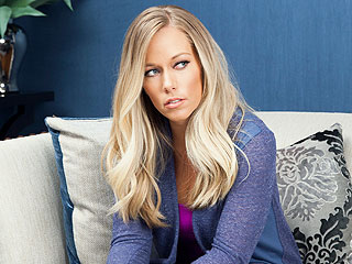 Kendra Wilkinson: 'I Don't Know What to Believe' About Hank