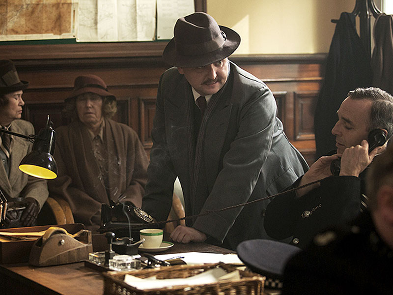 Outlander Mid-Season Finale Recap: Not So Happily Ever After| Outlander