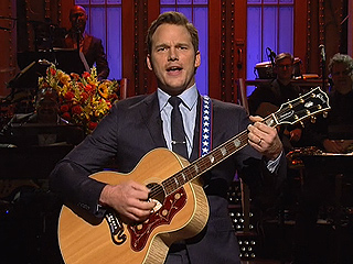 Chris Pratt and Ariana Grande Anchor Saturday Night Live's 40th Season Premiere