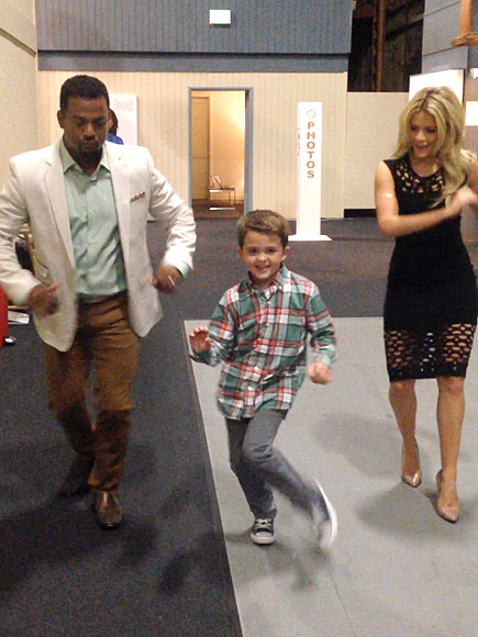 Dirty Dancing Boy Dances with DWTS's Alfonso Ribeiro and Witney Carson (VIDEO)
