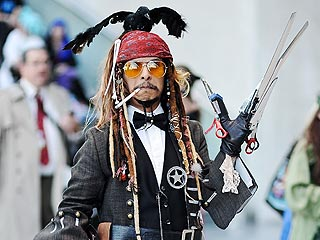 This Guy Went to Comic Con Dressed as Multiple Johnny Depp Characters | Johnny Depp