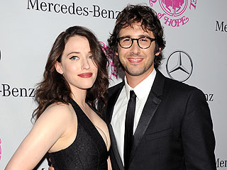 Who Introduced Kat Dennings and Josh Groban?