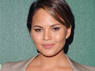 Chrissy Teigen Quits Twitter in Wake of Controversial Gun Control Tweet