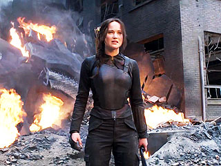 Jennifer Lawrence Looks Fierce in Final Mockingjay Trailer (VIDEO)
