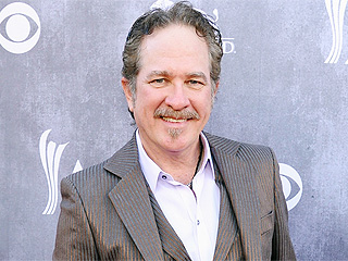 What Award Is Making Kix Brooks Blush?