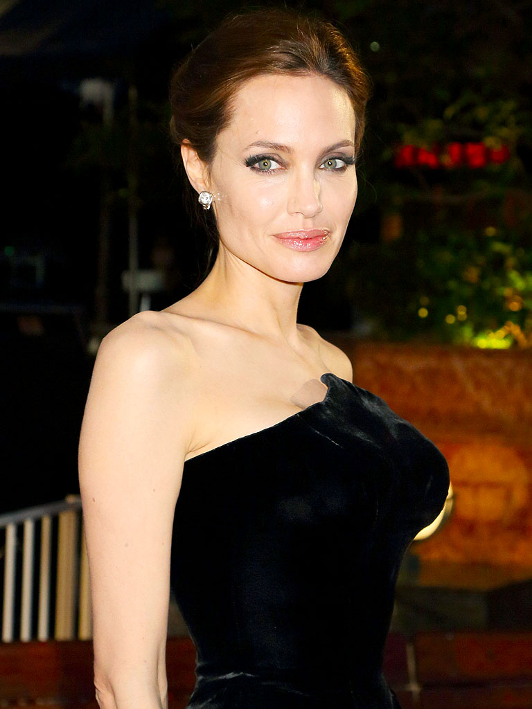 Angelina Jolie: A Therapist Would Have a Field Day Analyzing the Films ...