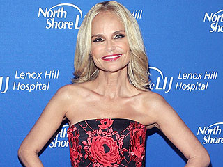 Kristin Chenoweth Says She's Still Recovering from 2012 Freak Accident