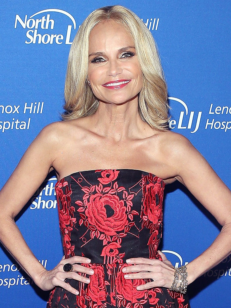 Kristin Chenoweth Is Still in Physical Therapy Two Years After The Good Wife Accident