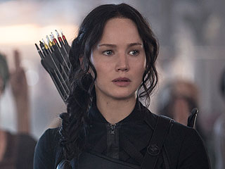 The Set of The Hunger Games Was Like Being in College, Says Director Francis Lawrence