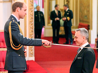 Oh, What a Knight! Prince William Honors Daniel Day-Lewis at Buckingham Palace