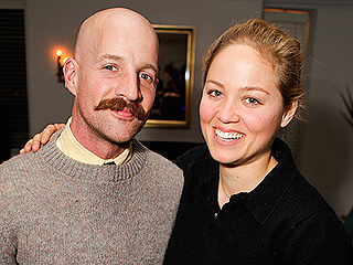 Erika Christensen Is Engaged!