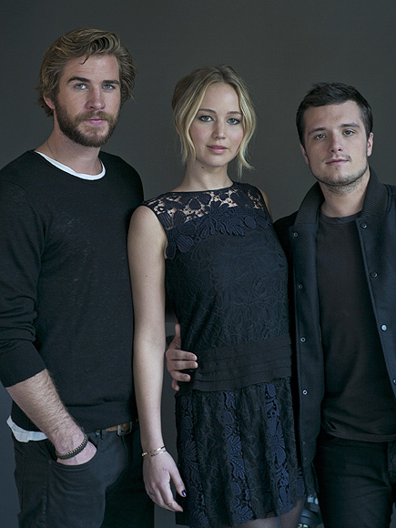 Jennifer Lawrence Did What Before Kissing Liam Hemsworth in Mockingjay?