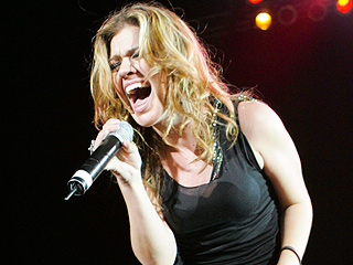 7 Covers to Celebrate the 10th Anniversary of Kelly Clarkson's 'Since U Been Gone'