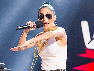 Watch Nicole Richie Rap at a VH1 Concert