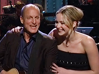 The Cast of The Hunger Games Sang Taylor Swift with Woody Harrelson on SNL