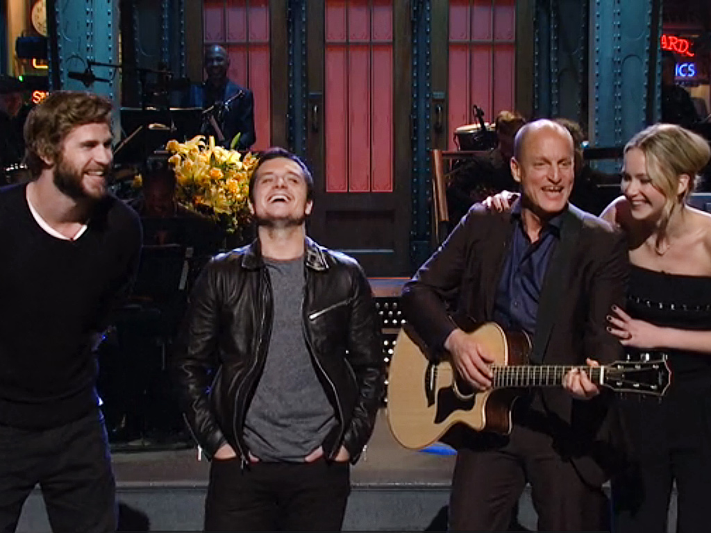 from Jake snl dating show woody harrelson