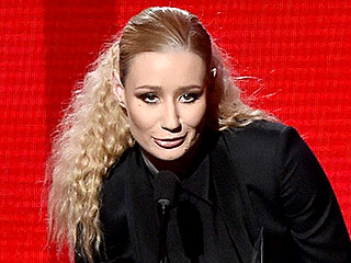 Iggy Azalea Name-Checks Eminem and T.I. in First-Ever Acceptance Speech | Iggy Azalea