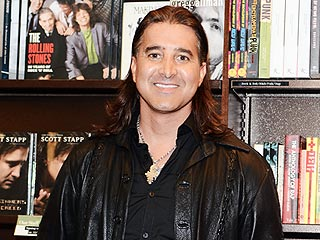 Creed Singer Scott Stapp Claims He's Broke and Living in a Holiday Inn