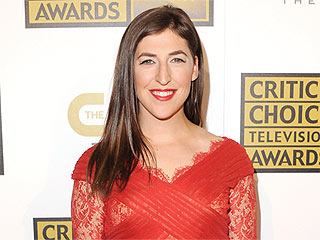What Made The Big Bang Theory Star Mayim Bialik Cry?