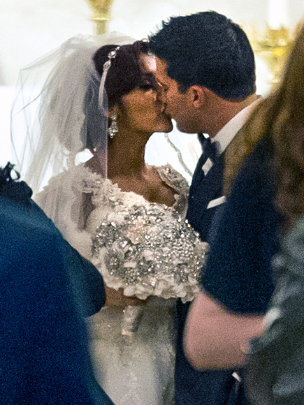 See Snooki's Wedding Gowns, Plus JWoww's Bridesmaid Dress