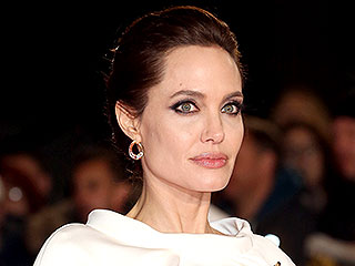Who Cooks for the Holidays in the Jolie-Pitt House? | Angelina Jolie