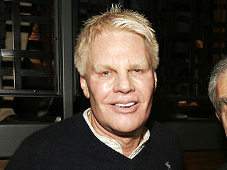 Abercrombie & Fitch CEO Mike Jeffries Steps Down