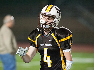 The Mighty Quinn: High School Athlete Born Without Hand Inspires Teammates