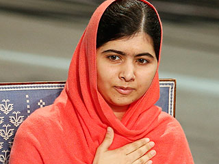 Malala Calls Donald Trump's Comments on Muslims 'Tragic' and 'Full of Hatred'