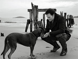 Tom Brady's New UGG Commercial Features His Dog ... Is It Rude to Stare?   Tom Brady