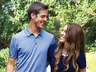 Cover Story First Look: 8 Weeks After Her First Kiss, a Duggar Daughter Is Expecting! | Jill Duggar