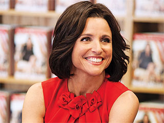 Veep Returns For Season 3 and Is Funnier Than Ever | Julia Louis-Dreyfus