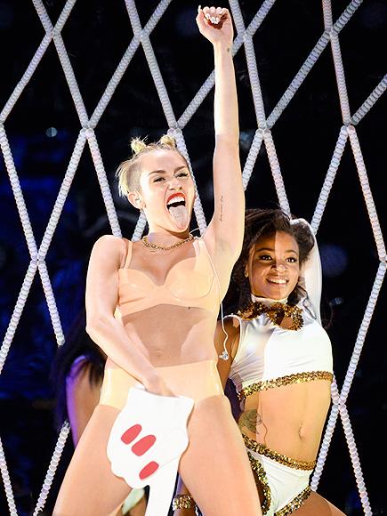 MILEY'S FOAM FINGER photo   Miley Cyrus
