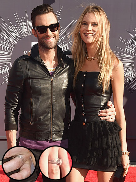 Adam Levine & Behati Prinsloo Make Debut as a Married Couple at the VMAs