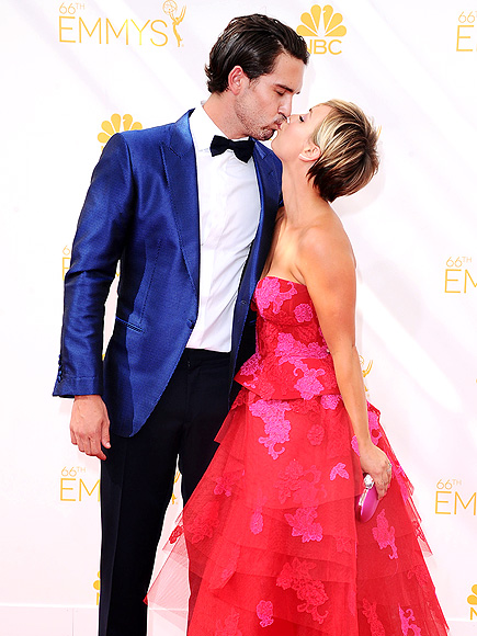 KALEY CUOCO & RYAN SWEETING photo | Kaley Cuoco