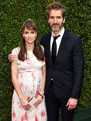 Amanda Peet Welcomes Son
